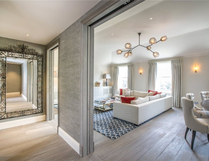 Penthouse sold in Hyde Park Gardens view6