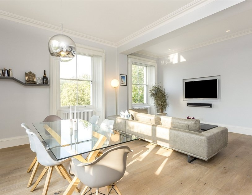 Apartment sold in Hyde Park Gardens view12