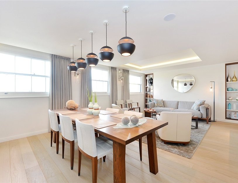 Penthouse sold in Hyde Park Gardens view14