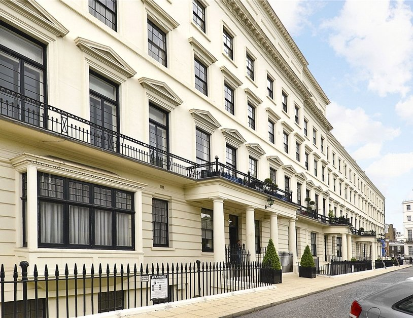 Penthouse sold in Hyde Park Gardens view13