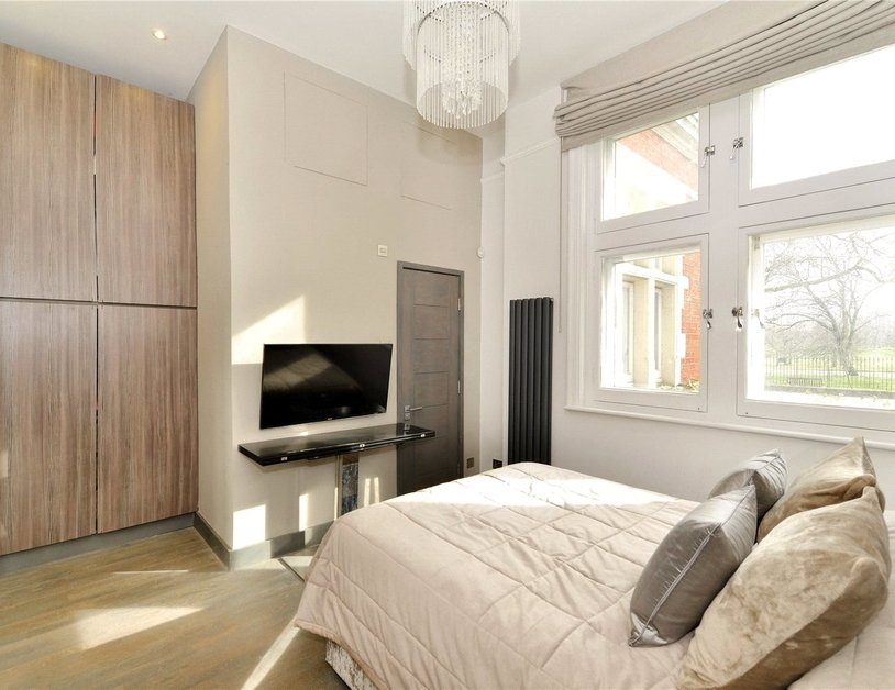 Apartment for sale in Hyde Park Place view3