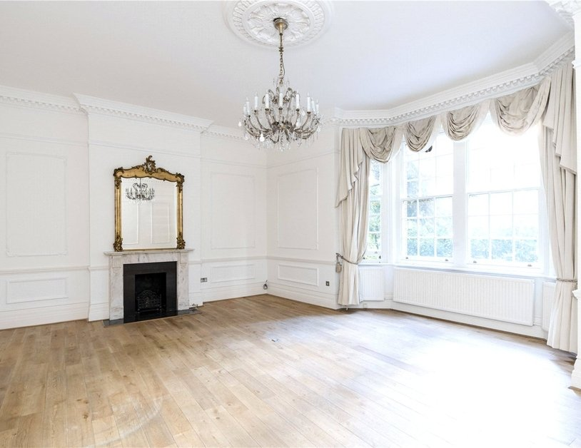 Duplex for sale in Hyde Park Place view1