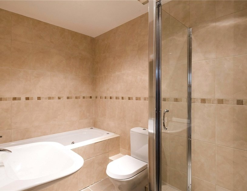 Duplex for sale in Hyde Park Place view5