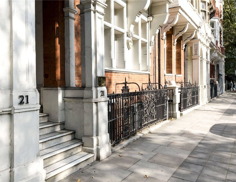Duplex for sale in Hyde Park Place view8
