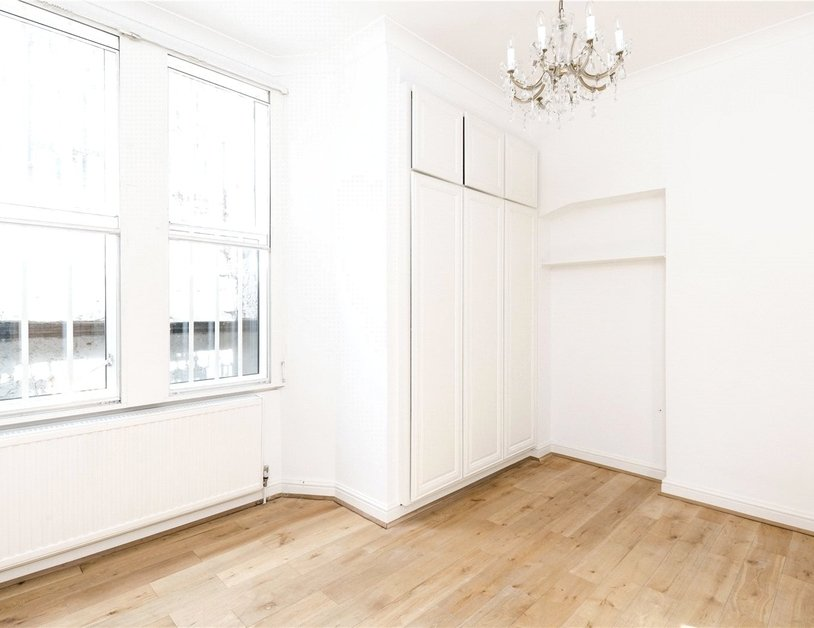 Duplex for sale in Hyde Park Place view9