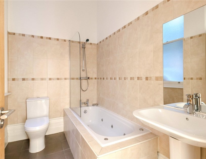 Duplex for sale in Hyde Park Place view10