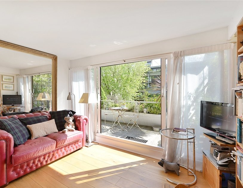 Apartment sold in Kendal Steps view1