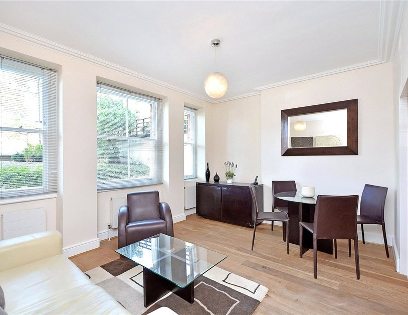 Apartment for sale in Maida Avenue view2