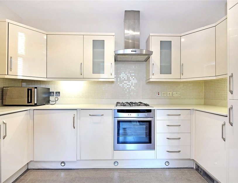 Apartment for sale in Maida Avenue view4
