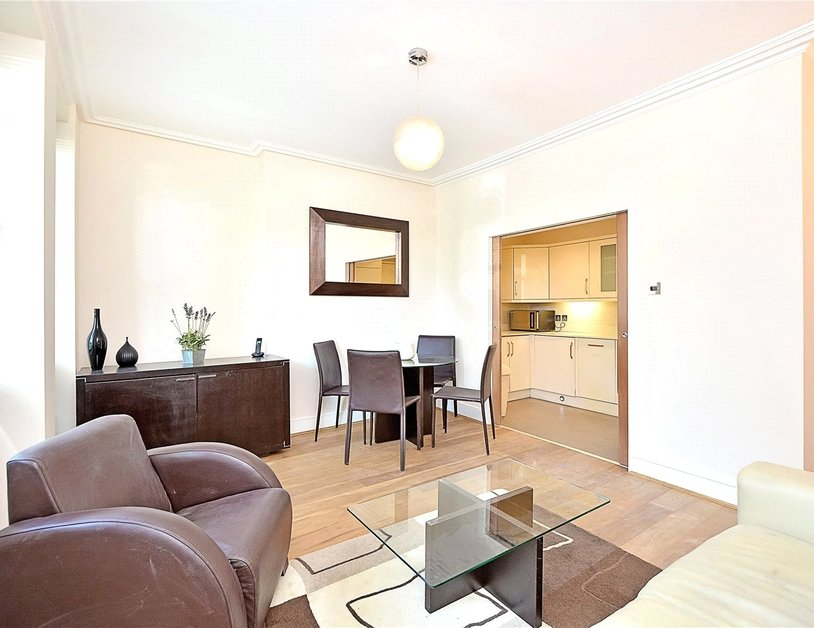 Apartment for sale in Maida Avenue view12