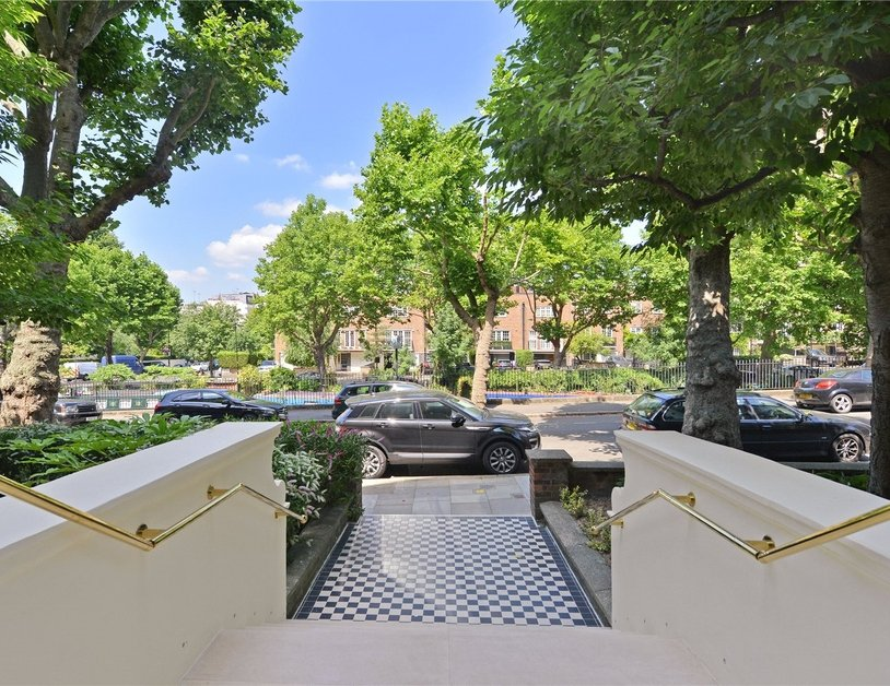 Apartment for sale in Maida Avenue view18