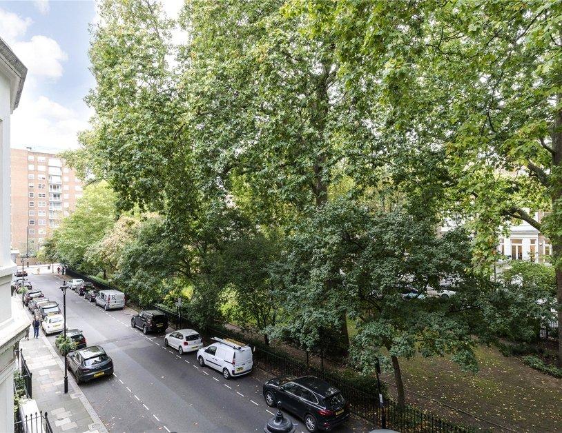 Duplex sold in Montagu  Square view10