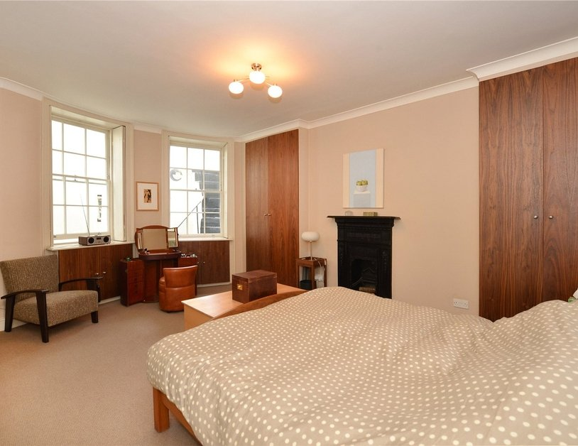 Apartment for sale in Montagu Square view6