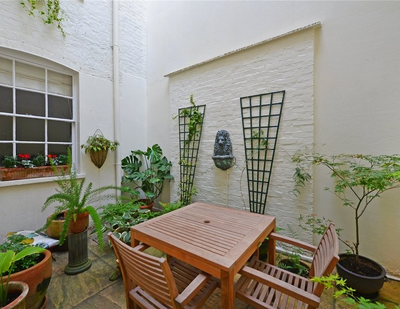 Apartment for sale in Montagu Square view4
