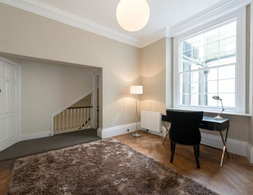 Apartment for sale in Montagu Square view12