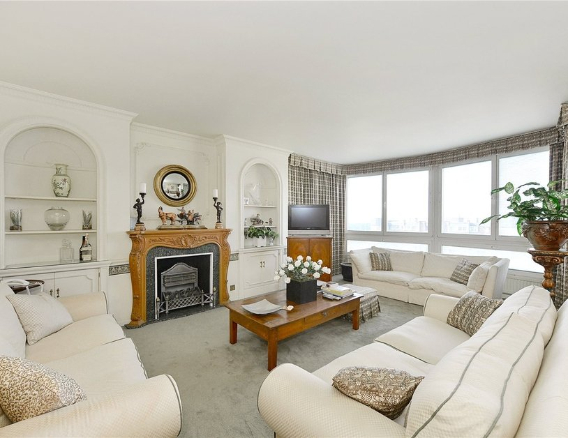 Apartment sold in Norfolk Crescent view1