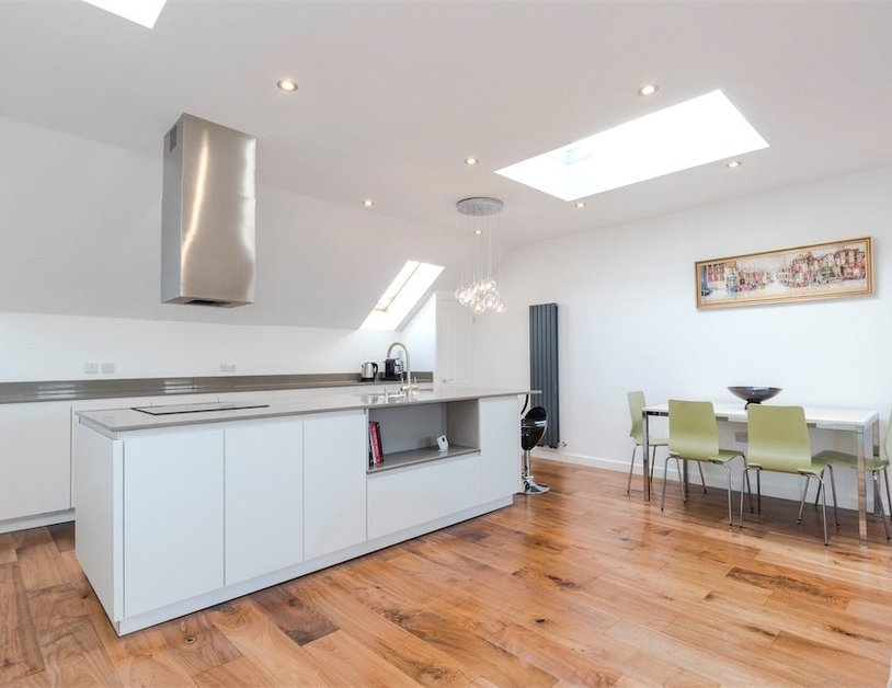 Duplex for sale in Nottingham Place view10