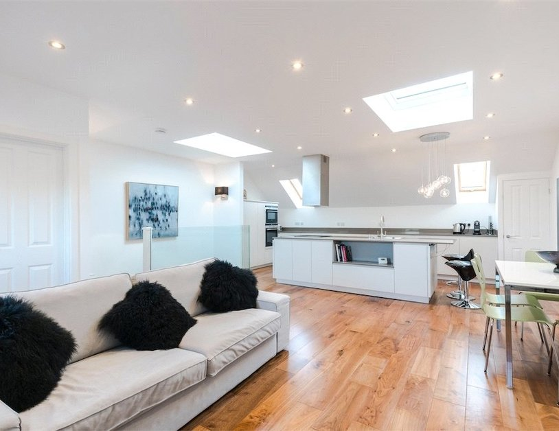Duplex for sale in Nottingham Place view1