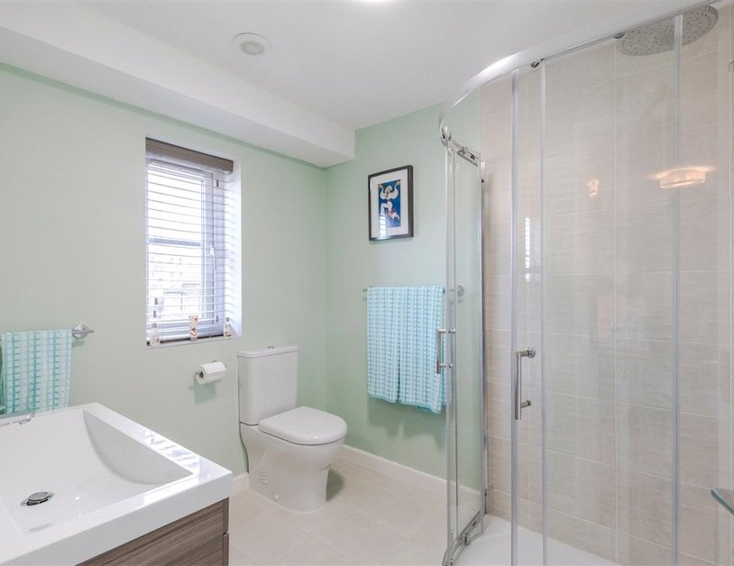 Duplex for sale in Nottingham Place view4