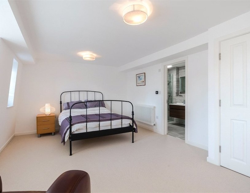 Duplex for sale in Nottingham Place view14