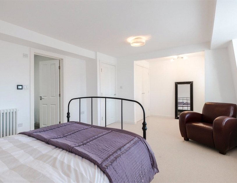 Duplex for sale in Nottingham Place view16