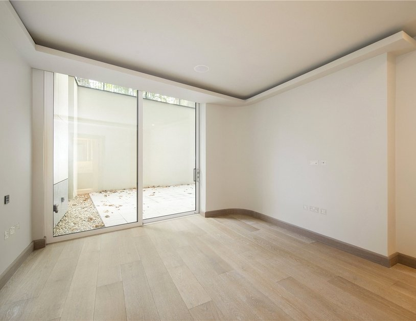 Apartment for sale in Paddington Street view3