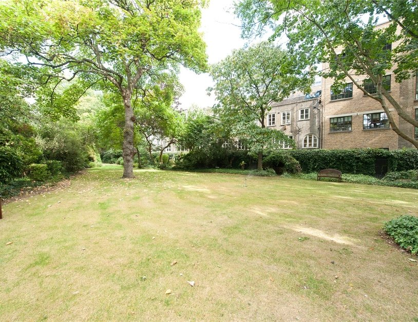 Duplex sold in Park Steps view10