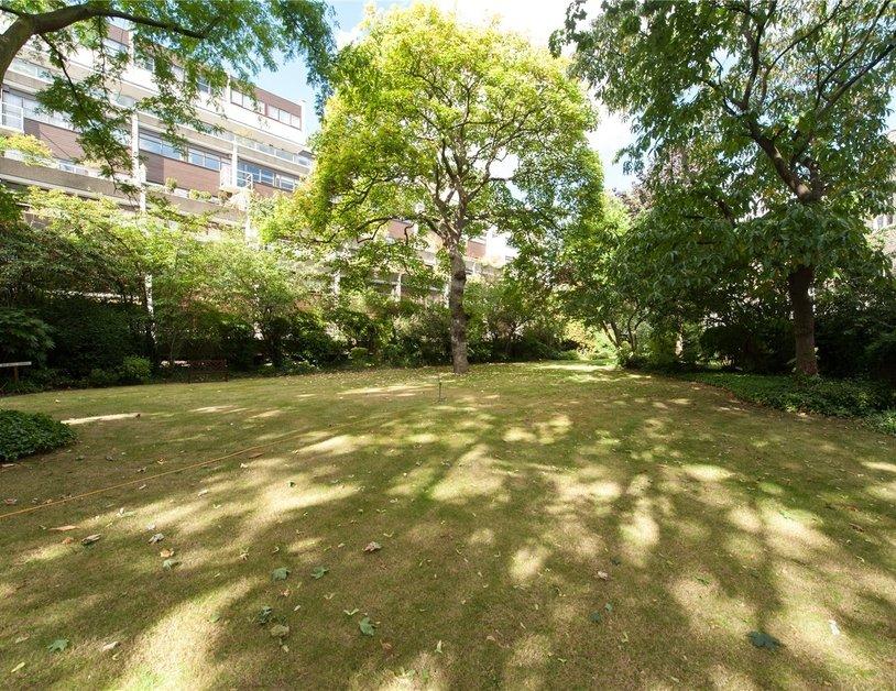 Duplex sold in Park Steps view2