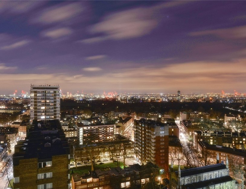 Apartment sold subject to contract in Quadrangle Tower view9