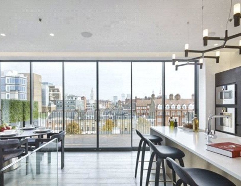 Penthouse for sale in Seymour Place view3