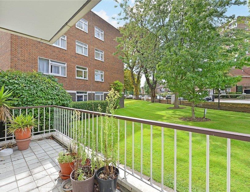 Apartment for sale in Sheringham view2
