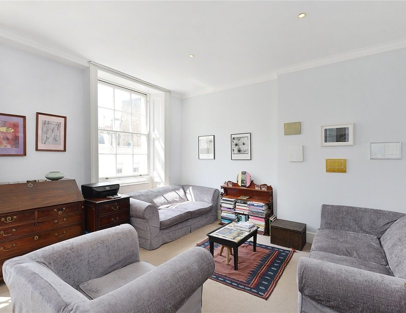 Apartment sold subject to contract in Stanhope Place view6