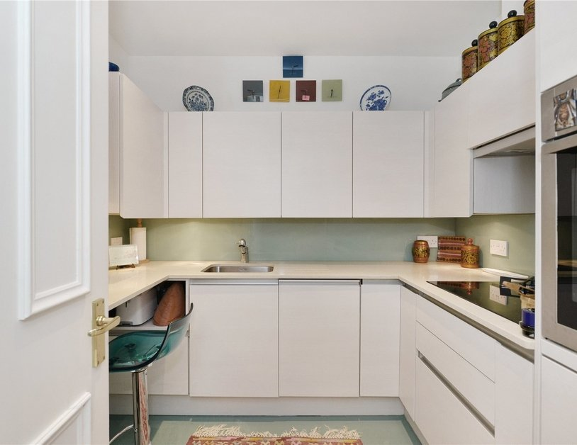 Apartment sold in Stanhope Place view3