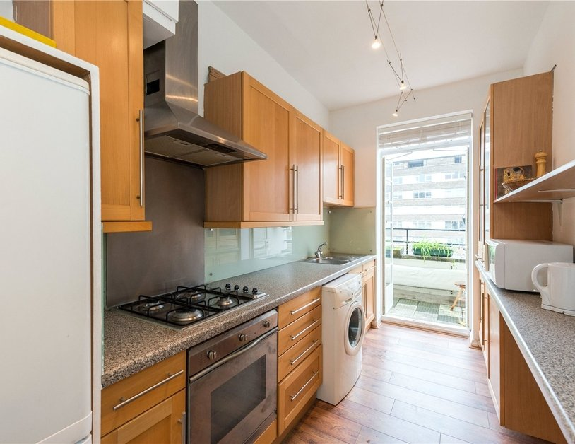 Apartment sold in Sussex Gardens view3