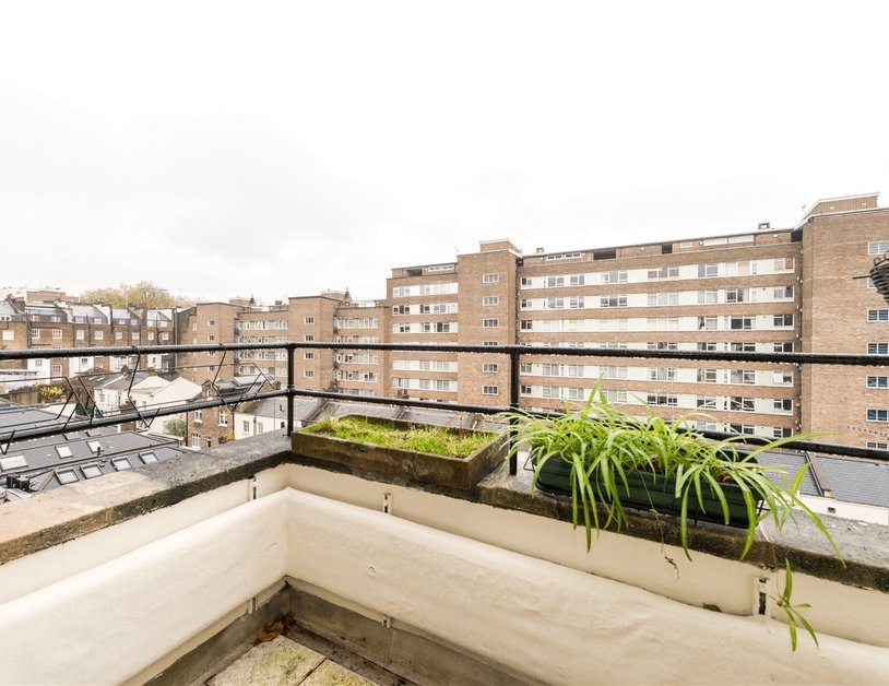 Apartment sold in Sussex Gardens view7