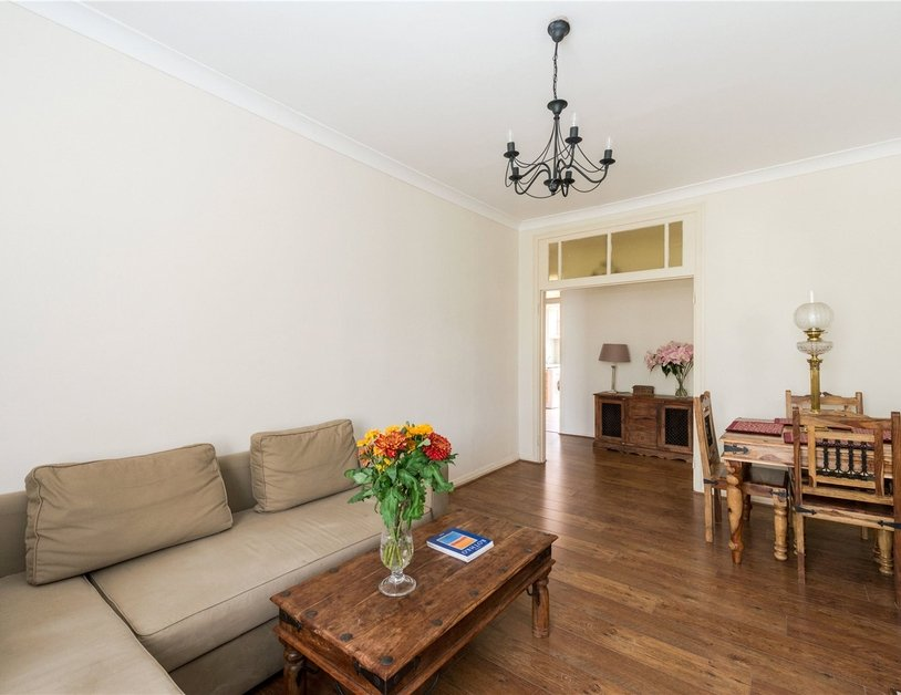Apartment sold in Sussex Gardens view6