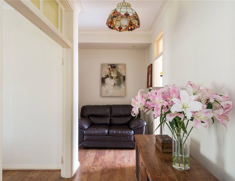 Apartment sold in Sussex Gardens view12