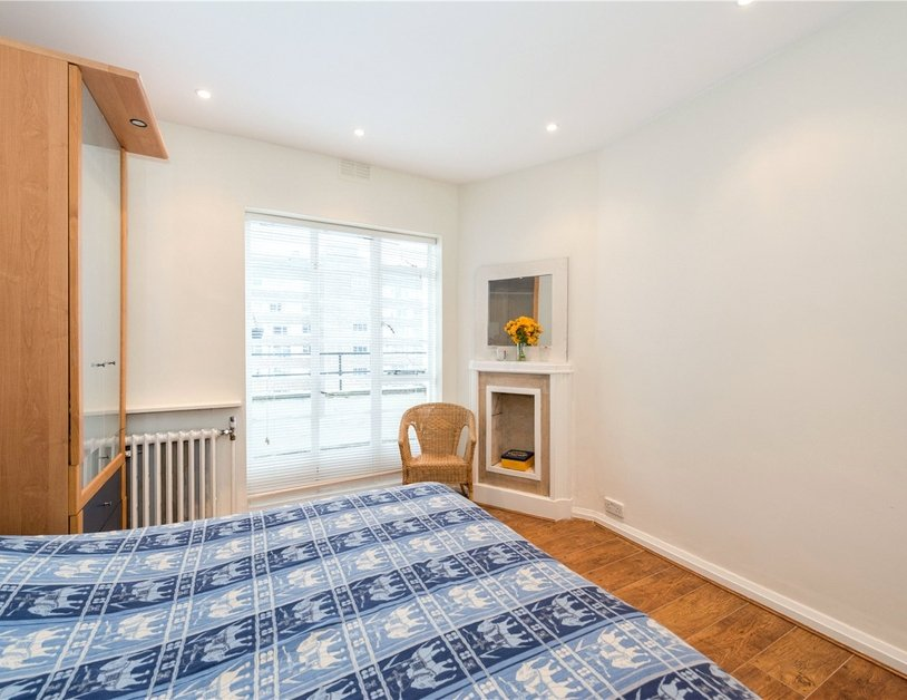Apartment sold in Sussex Gardens view4