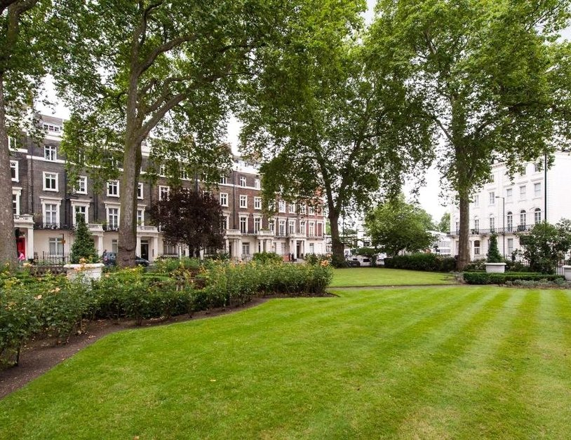 Apartment for sale in Sussex Gardens view4-thumb