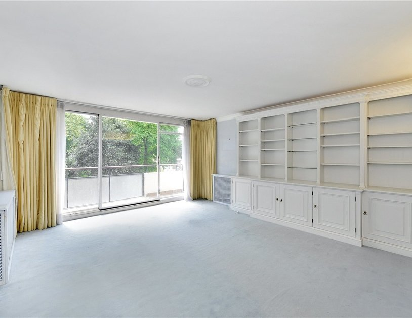 Apartment sold in Sussex Square view3