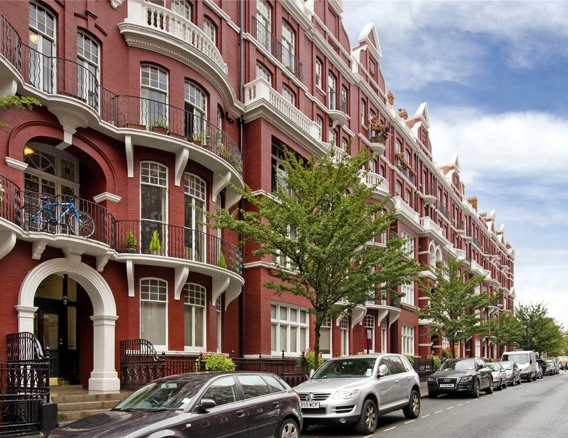 Apartment for sale in Transept Street view6