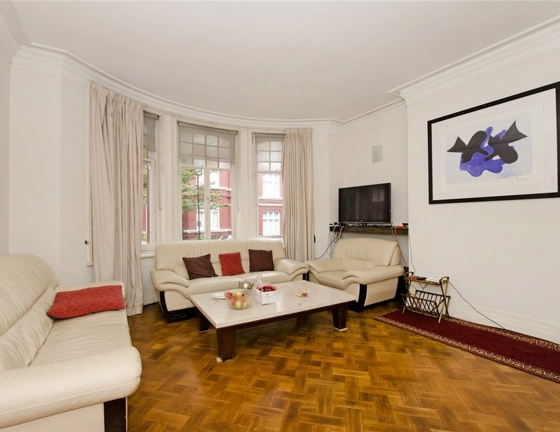Apartment for sale in Transept Street view2