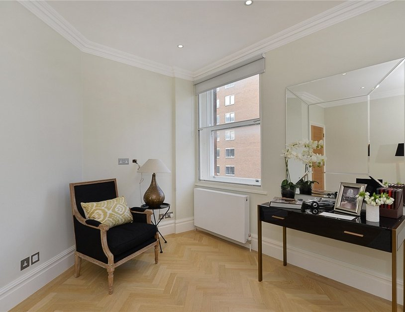 Apartment for sale in Upper Berkeley Street view5-thumb