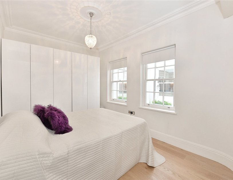 Apartment for sale in Upper Wimpole Street view9