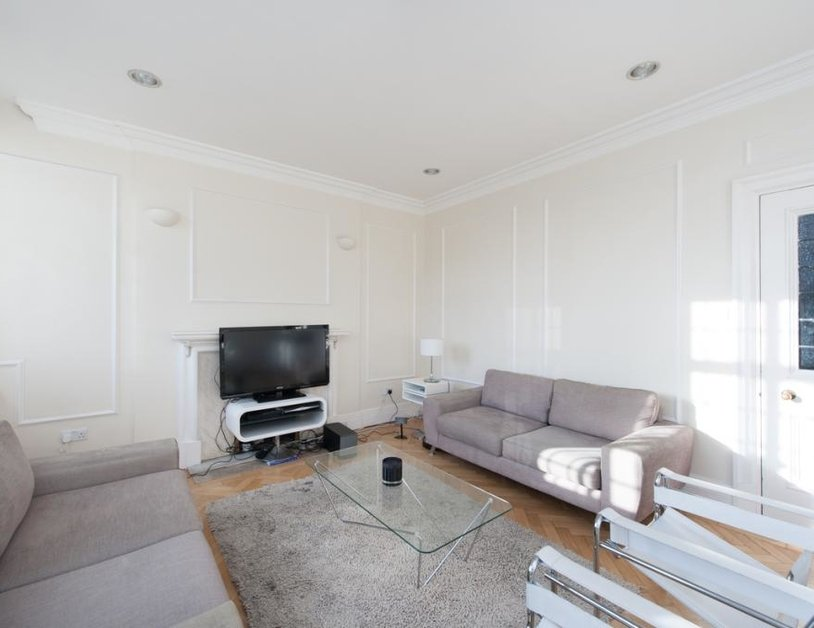 Apartment to rent in Baker Street view6