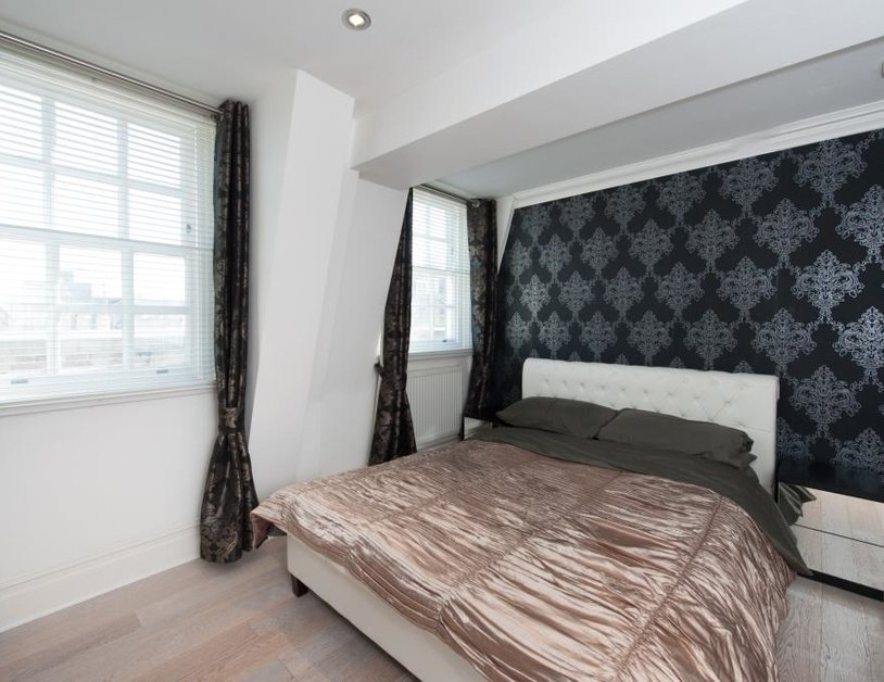 Apartment to rent in Baker Street view2