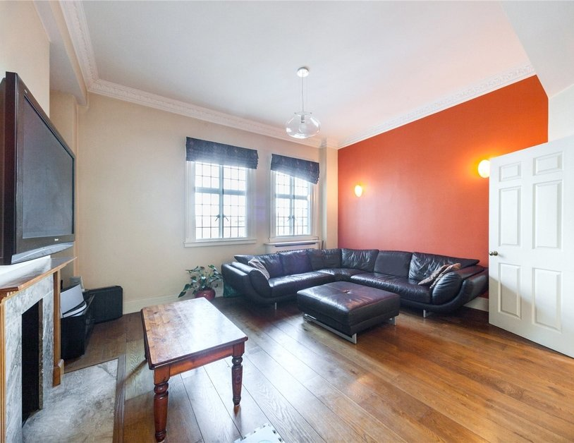 Apartment to rent in Baker Street view3