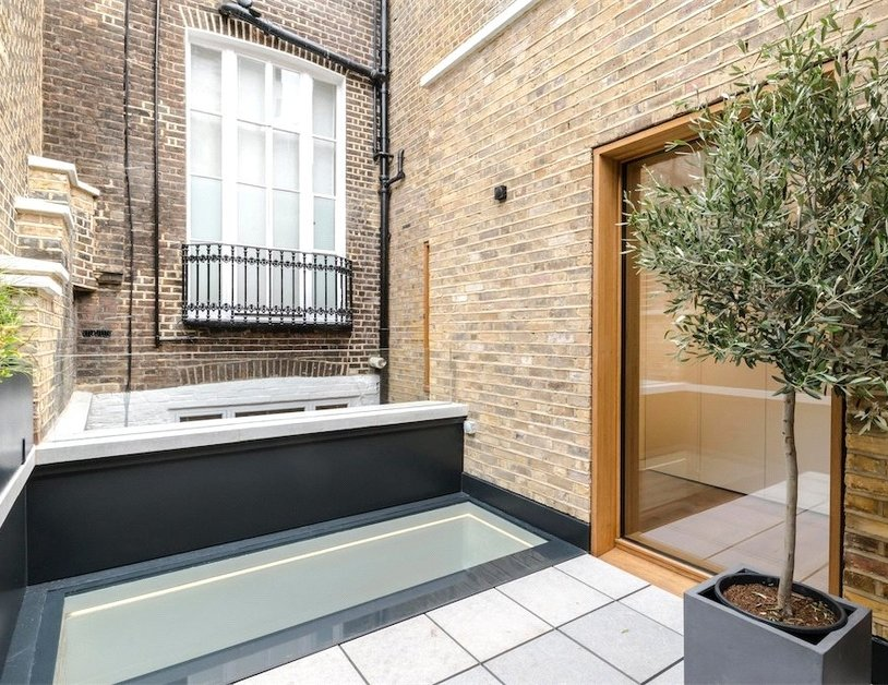 House to rent in Bingham Place view27