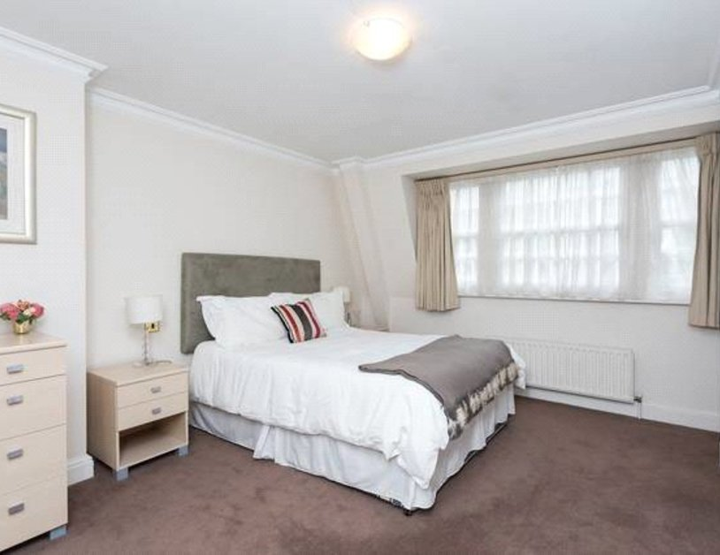 Apartment to rent in Blackburnes Mews view3