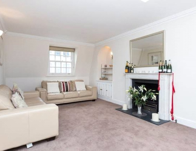 Apartment to rent in Blackburnes Mews view2